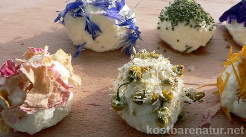 Dekorativ, lecker und gesund: Begeistere deine Gäste mit diesen selbst gemachten Käsepralinen auf dem nächsten Buffet.