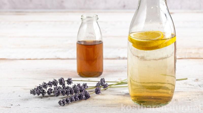 Lavendel-Limonade ist ein erfrischendes und zugleich gesundes Sommergetränk, das du schnell und einfach selber machen kannst.